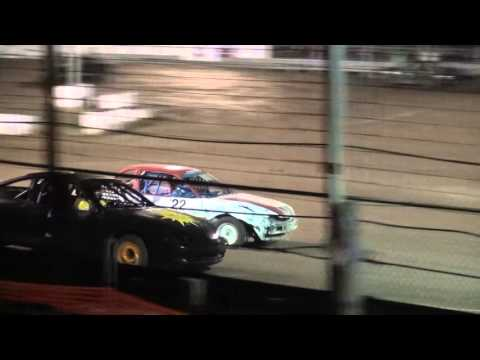4 Cylinder FWD feature Brooklyn Raceway 4/22/16