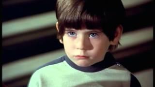 """Cosmos 1999 S01.E10 """"L'enfant d'Alpha"""" complet en français"""