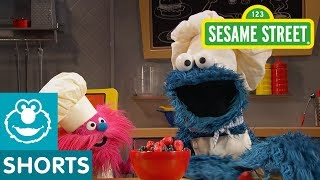 Sesame Street: Porridge (Oatmeal) | Cookie Monster's Foodie Truck