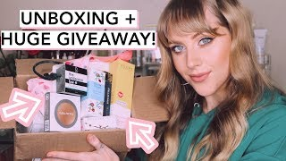 MONTHLY SUBSCRIPTION UNBOXING + GIVEAWAY thumbnail