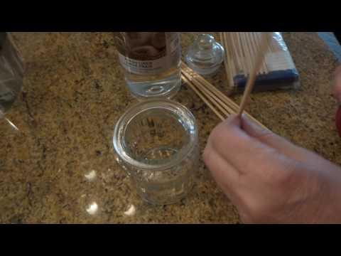 Dollar Store Craft: DIY Liquid PotPourri Scent Diffuser