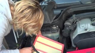 видео Замена салонного фильтра Мерседес 202. Фото, инструкция как поменять фильтр салона