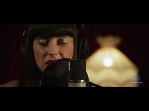 Kimbra - Past Love (NZ Live Acoustic Session)