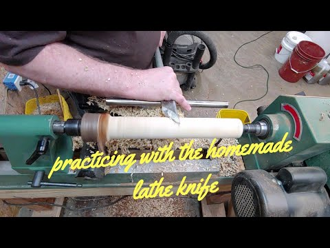 woodturning - Practicing with the homemade lathe knife