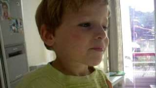 Dutch-brazilian boy speaking portuguese- 4 and a half y.o.sept2009