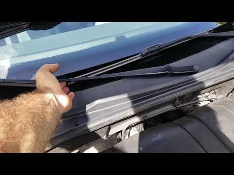 VW passat 2012  - How to replace windshield wipers