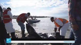 جثث المهاجرين يلفظها البحر على الشواطئ الليبية