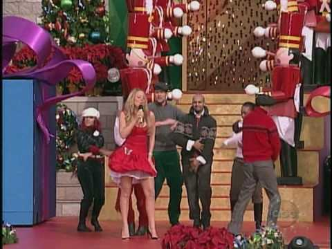 Mariah Carey - [HQ]  All I Want For Christmas Is You(Live At The Disney Parade 25-12-04)