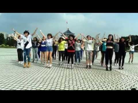 SUPER JUNIOR-D&E 촉이 와 댄스  By대만 엘프
