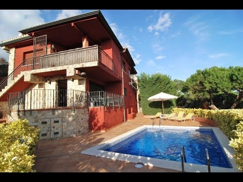 Beautiful villa for rent in Costa Brava with private Swimming pool
