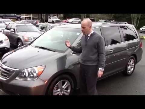 2008 Honda Odyssey Touring Review - In 3 minutes you'll be an expert on the Odyssey