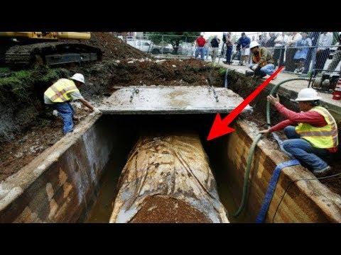 دفن سيارة تحت الارض لمدة 50 عاما وعندما استخرجوها كانت المفاجاة !