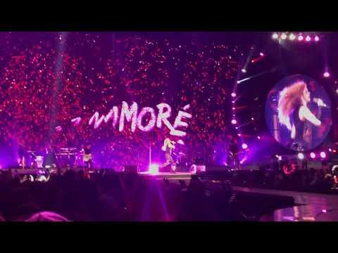 Shakira - Me Enamoré (El Dorado World Tour - Live in Zürich)