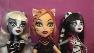 MONSTER HIGH. Revisión Werecats Twins .