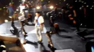 Video [HD][FANCAM] 102412 BIGBANG ALIVE TOUR IN MANILA - Fantastic Baby download MP3, 3GP, MP4, WEBM, AVI, FLV Juli 2018
