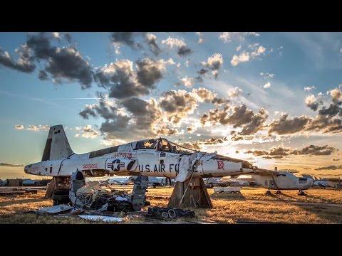 Stunning Sunset Time-Lapse At USAF Aircraft Boneyard