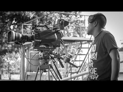 CHUO CHA INSTITUTE OF ARTS AND MEDIA COMMUNICATION NI CHUO KINACHOTOA MAFUNZO YA VIDEO PRODUCTION.