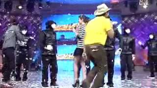 Jabbawockeez Danced the Ocho Ocho on Showtime Feb  15  2010