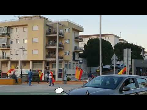 Grupos espontáneos protestan contra el Gobierno en Algeciras