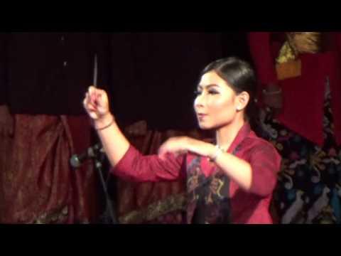 Indonesia Raya By Paduan Suara ISI Denpasar   Bali Art Festival 2016