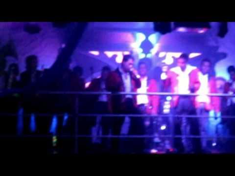 01 BANDA RITMO CALIENTE Y DJ NICKY VAZQUEZ EN...
