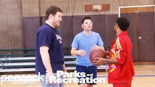 Tom Needs to Learn Basketball - Parks and Recreation