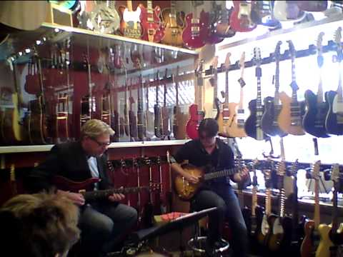 Mike Moreno And Ulf Bandgren At No1 Guitarshop Plays Upper Manhattan Medical Group - Billy Strayhorn