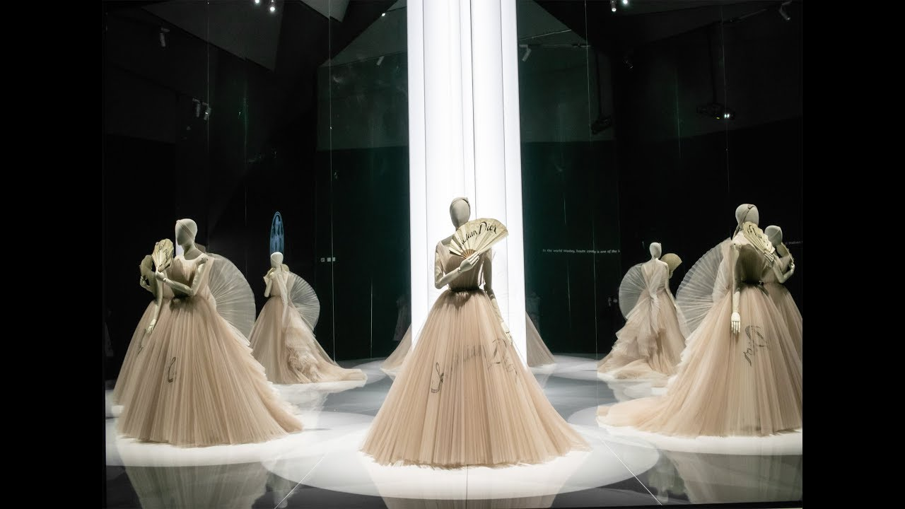 Inside The V&A. Christian Dior Designer of Dreams exhibition