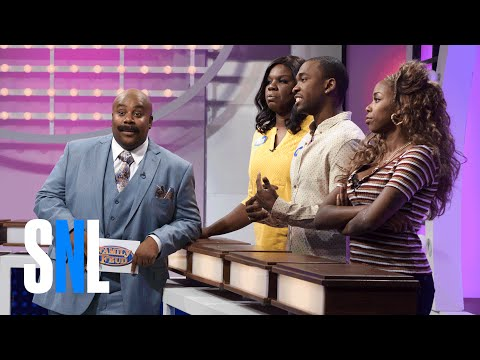 Thumbnail: Family Feud: Extended Family - SNL