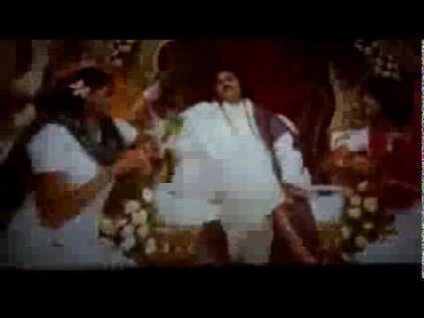 Alankar Theatre Fans Attarintiki Daredi 100days Celebrations For Kevvu Keka Remix Song