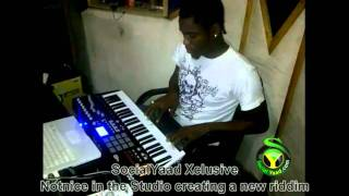 Notnice In Studio Creating A New Riddim [July 2011] *SOCIAL YAAD XCLUSIVE*