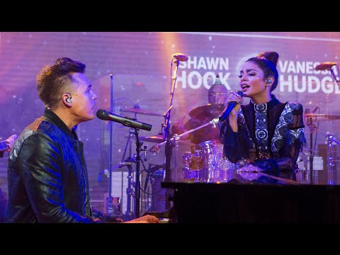 Vanessa Hudgens & Shawn Hook -