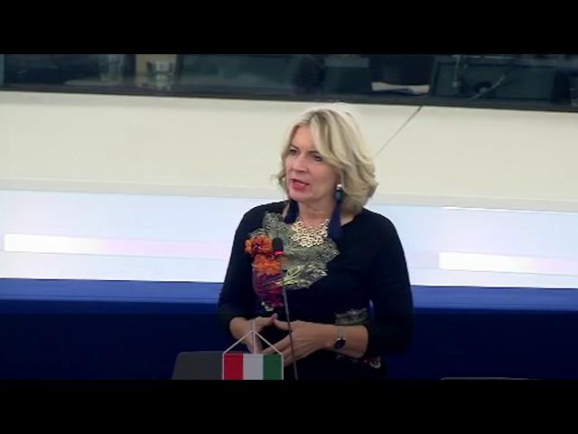 Gyalázatos döntést hozott az EP Lengyelországgal szemben