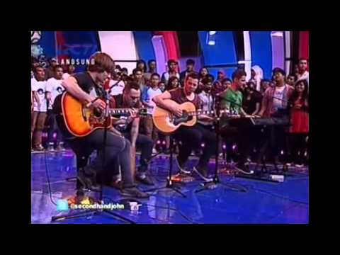 Secondhand Serenade  Fall For You Acoustic  in Dahsyat Indonesia