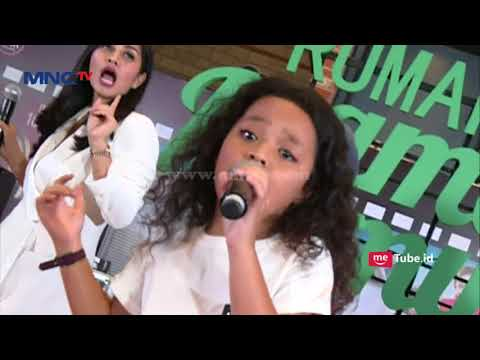 Wah Ada Nisya Ahmad Dan Atqia Di Premier Film Rafathar  - Rumah Mama Amy (9/8)
