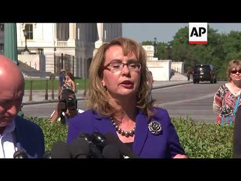 Giffords, Kelly Push Congress on Gun Violence