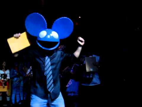 deadmau5 halloween costume contest chicago