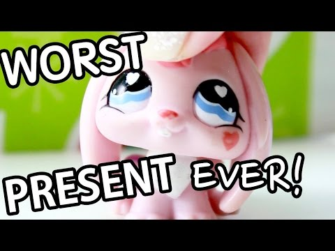 LPS - Paw News Daily Episode 12 (WORST CHRISTMAS PRESENT EVER!!)