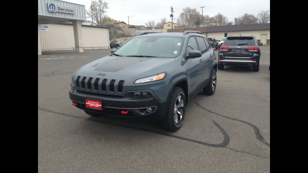article offroad jeep reviews autoweek review trailhawk car notes cherokee