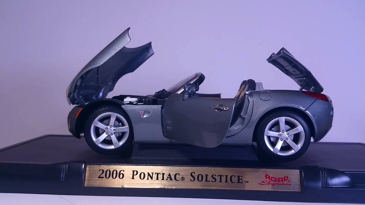 Amazing Model car 05 :: Pontiac Solstice 2006  1:18 scale Must see