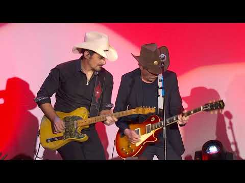Michael J Fox & Brad Paisley Rock Out