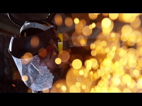 Destiny: Rise of Iron - Forging the Battle Axe
