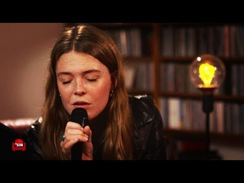 MAGGIE ROGERS - SESSION ACOUSTIQUE Light on #153/3