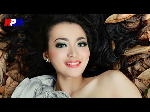 Wika Salim - Batu Akik (Official Lyrics Video)
