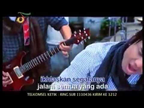 ST 12 - Dunia Pasti Berputar (Karaoke Original Clip Live).FLV Mp3