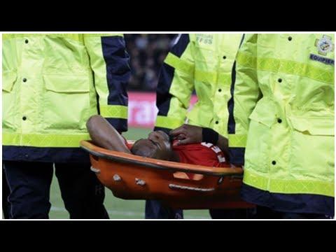 Dernières nouvelles | PSG-Monaco, Djibril Sidibé sort sur civière après une blessure au genou | G...