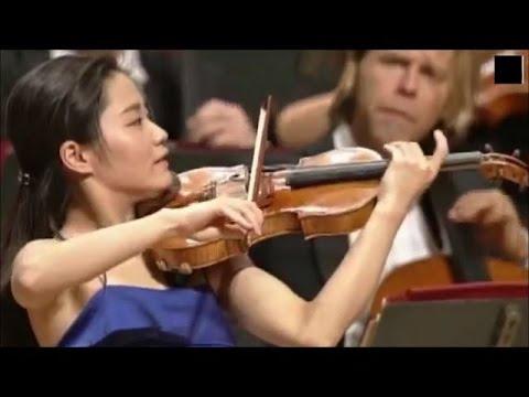Sayaka Shoji plays Brahms : Violin Concerto in D major, Op.77