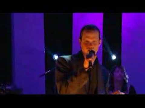 Electric Six - Danger! High Voltage! Live Jools Holland 2003