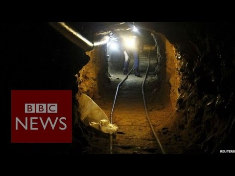 Inside US-Mexico border 'drug tunnel' - BBC News