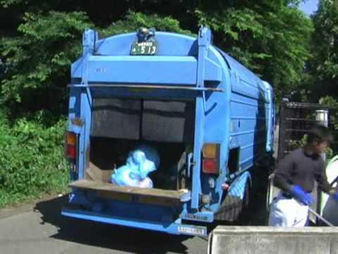 ゴミ収集車 圧縮 仕組み